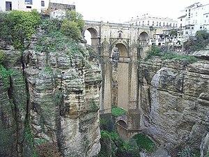 Martín de Aldehuela - Puente Nuevo, designed by Martín de Aldehuela