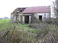 Ruined cottage - geograph.org.uk - 111118.jpg