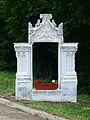 Saint-Aubin-Château-Neuf-FR-89-fenètre post gothique-06.jpg