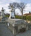 Saint-Félix-Lauragais - Tombe de Déodat de Séverac.jpg