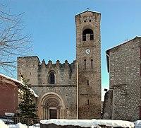 Santa Maria de Cornellà de Conflent - Façana principal - edit.JPG