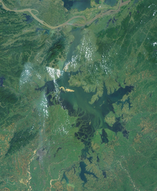 Satelites image of Lake Poyang.png