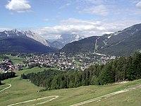 Seefeld in Tirol panorama.jpg
