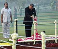 Shivraj V. Patil, paying floral tributes at the Samadhi of Former Prime Minister, Late Smt. Indira Gandhi, at Shakti Sthal on the occasion of her 23rd death anniversary, in Delhi on October 31, 2007.jpg