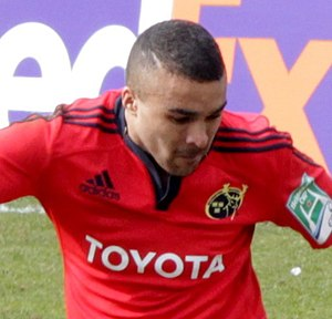 Simon Zebo - Zebo playing against Harlequins in the 2012–13 Heineken Cup.