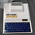 Sinclair ZX80 (RetroMadrid 2017) (edit crop).jpg