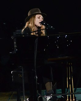 Skylar Grey in 2014 (cropped).jpg