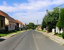 Sluhy, Road from Brandýs.jpg