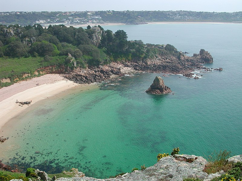Fichier:Small bay in Jersey.jpg