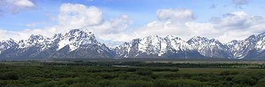 Snake River with Teton Range in background3.JPG