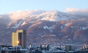 Изглед към Витоша от центъра на града