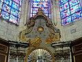 Soissons (02), cathédrale, chapelle rayonnante d'axe, autel et retable de la Vierge Marie 2.jpg