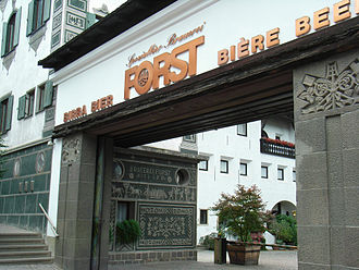 Forst (brewery) - Image: Spezialbierbrauerei Forst