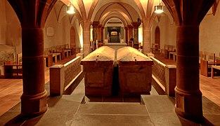 St.Matthias Trier Sarkophage in der Krypta