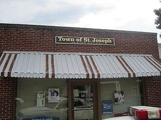St. Joseph, Louisiana - St. Joseph Town Hall at 125 Plank Road
