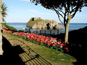 St Catherine's Island - Image: St Catherine's Island, Tenby geograph.org.uk 269954