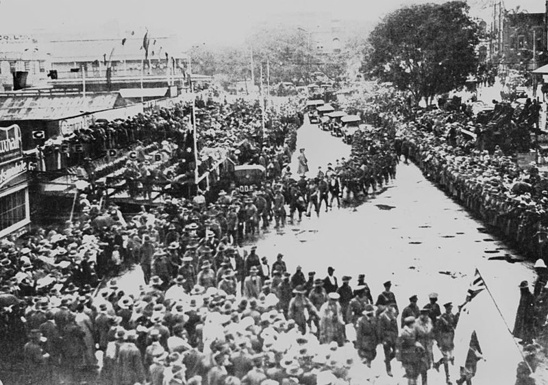 File:StateLibQld 1 110784 Anzac Day procession in Brisbane, 1919.jpg