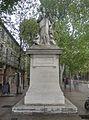 Statue coté nord - Place de la Rotonde - Cours Mirabeau - Aix en Provence - P1360552-P1360558.jpg