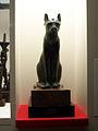 Statue of Bastet at British Museum (5341284403).jpg