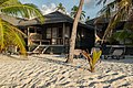 Strandbungalow Malediven (29412748046).jpg