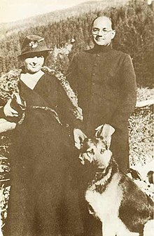 Subhas Chandra Bose and Wife Emilie Shenkl with German Shephard - 1937.jpg