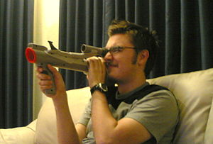 https://upload.wikimedia.org/wikipedia/commons/thumb/4/4b/Super_Scope_in_action.jpg/300px-Super_Scope_in_action.jpg
