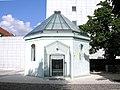 Synagoge AKH Vienna June 2006 565.jpg