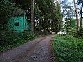 Třímany, chaty před tábořištěm U Mloka (01).jpg