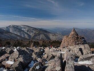 Taebaeksan - Main peaks of Taebaeksan as viewed from Munsubong, another of its peaks
