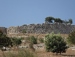 Teichos Dymaion northern wall.jpg