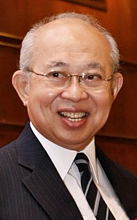 Tengku Razaleigh Hamzah Malaysian politician