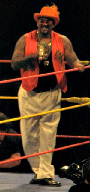 The Godfather (wrestler) - Image: The Godfather Hulkamania Tour 2009