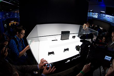 PlayStation 4 at E3 2013 The PlayStation 4. (9021900367).jpg
