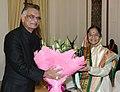 The Union Home Minister, Shri Shivraj V. Patil greeting the President, Smt. Pratibha Devisingh Patil on the occasion of Deepavali, in New Delhi on November 09, 2007.jpg