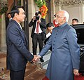 The Vice President, Shri M. Hamid Ansari being received by the Prime Minister of Thailand, General Prayut Chan-o-cha, in Government House, Bangkok on February 03, 2016.jpg