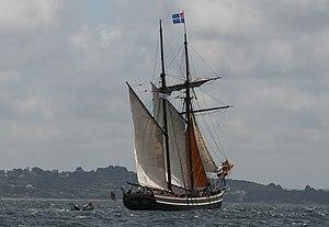 Tonnerres de Brest 2012 - 120716-065 Étoile de France.jpg