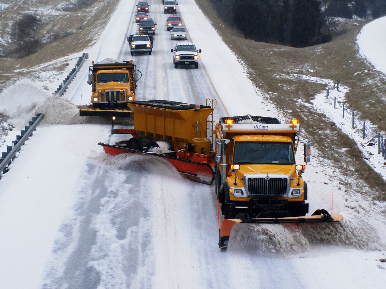 1280px-TowPLow_front_view2.JPG