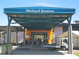 Wellard railway station - Station entrance in December 2007