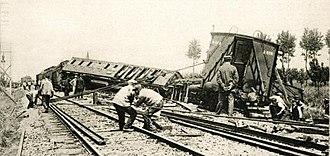 Houten train accident - Image: Treinramp Houten 1917 (1)