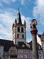 Trier Marktkreuz mit Marktkirche.jpg