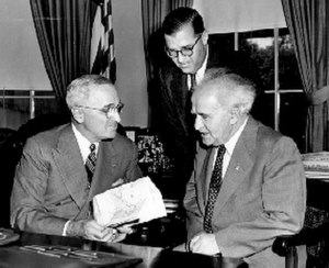 Israel–United States relations - President Truman meeting on 8 May 1951, with Prime Minister David Ben-Gurion (right) and Abba Eban (center)