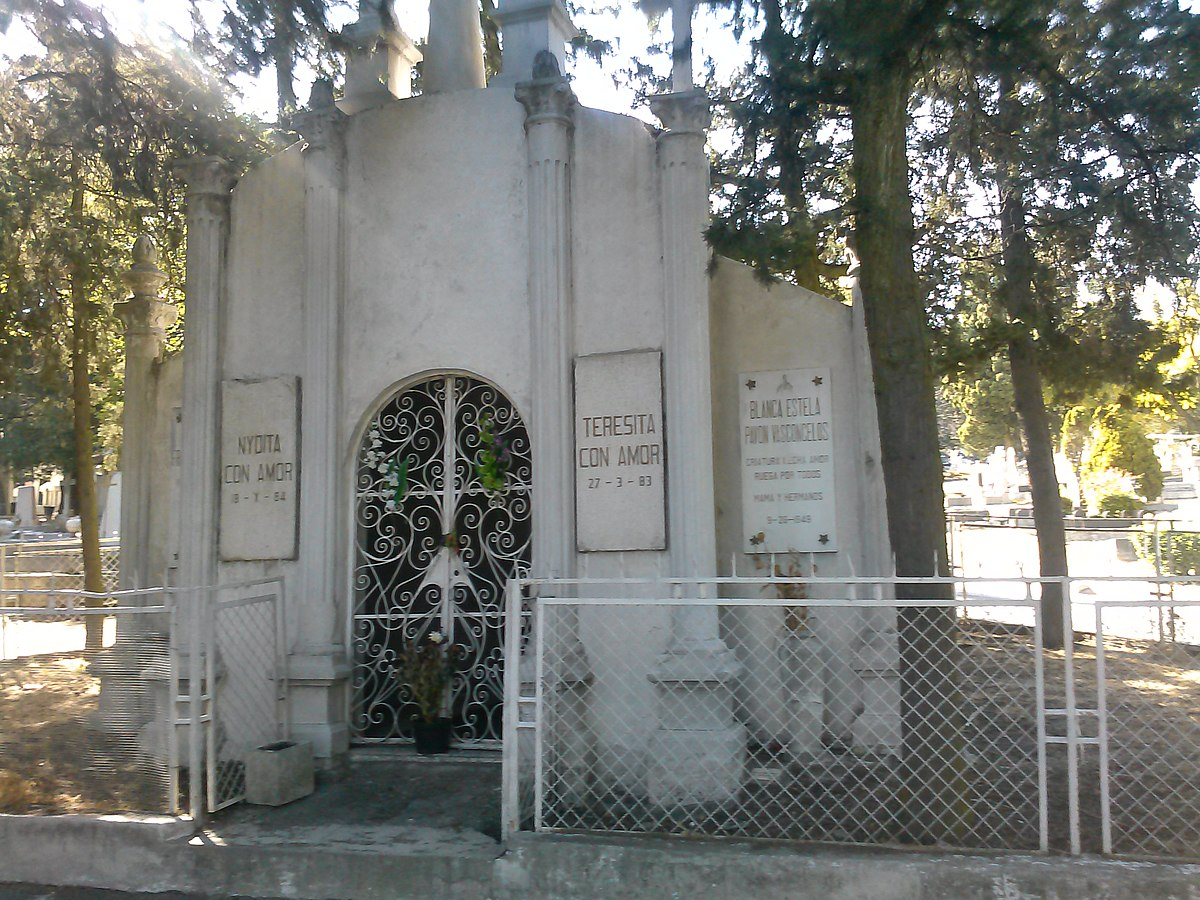 Pante n jard n wikipedia la enciclopedia libre for Cementerio jardin