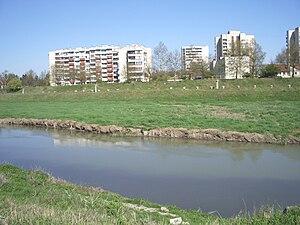 Tundzha - Image: Tundzha River near Kargona Quarter