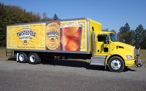 Twisted Tea Kenworth - LT Verrastro