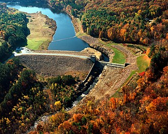 Quinebaug River - Image: USACE Westville Lake and Dam