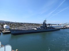 USS Iowa Port of Los Angeles 2014 - panoramio