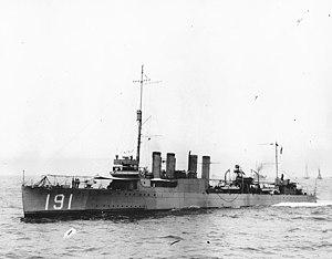 USS Mason (DD-191) underway, circa 1920-1922 (NH 97969)