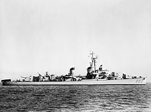 USS Walke (DD-723) off the San Francisco Naval Shipyard on 13 February 1952 (24743273).jpg