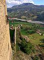 Una delle torri del castello di Bardi (2).jpg