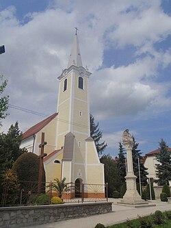 Und Szt Márton templom.JPG